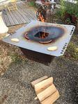 Feuerschale aus Cortenstahl mit Grillplatte